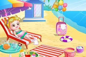 可爱宝贝游沙滩