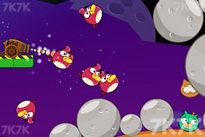 《炮打愤怒小鸟4太空版》游戏画面6