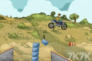 《摩托特技越野赛》游戏画面8