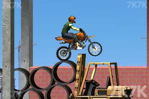 《摩托工地越野》游戏画面10