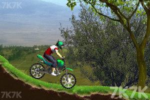 《特技小轮车越野赛》游戏画面3