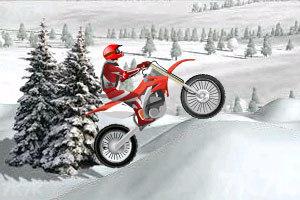 《冰山雪地摩托车》游戏画面2