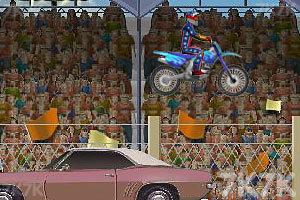 《特技摩托大赛》游戏画面3