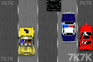 《极品飞车9最高通缉》游戏画面2