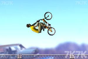 《花样自行车》游戏画面5