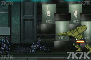 《綠巨人對超級英雄無敵版》截圖1