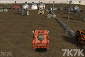 《停靠越野军车》游戏画面1