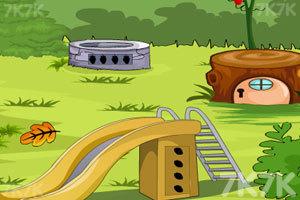 《翠绿花园逃脱》游戏画面3