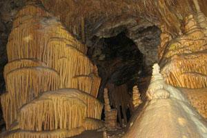 《被遗忘的洞穴逃脱2》游戏画面1