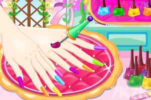 《美丽女孩爱美甲》游戏画面2
