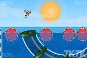 《摩托障碍挑战赛5》游戏画面2