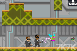 《外星猎手》游戏画面1