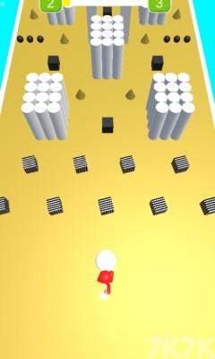 《橡胶人障碍赛》游戏画面2