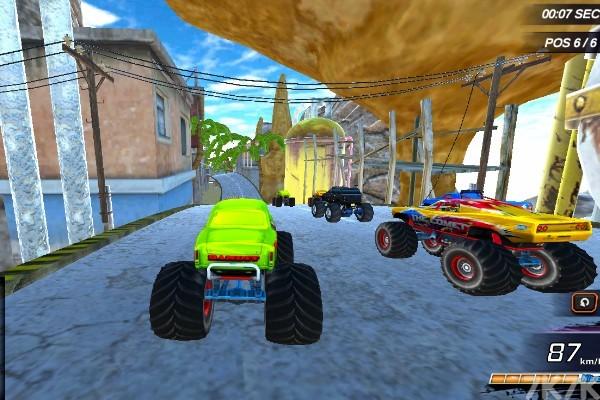 《大脚车极限赛车》游戏画面2